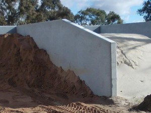 precast retaining walls